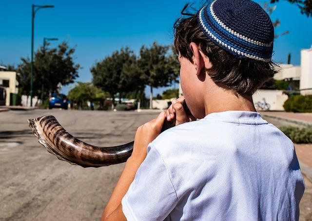 זיקה ליהדות: חיבור בין ילדים יהודים מכל העולם