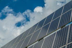 האם ניתן להפעיל מערכות סולאריות בשבת?